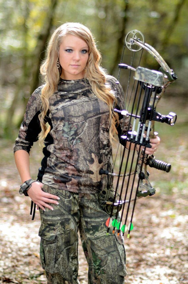 Female florida hog hunting arialle gray florida deer for Indiana fishing license age